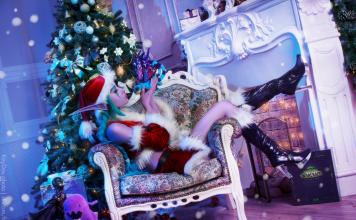 christmas_cosplay___feast_of_winter_veil_by_narga_lifestream-das4y4c-356x220 Games & Geeks