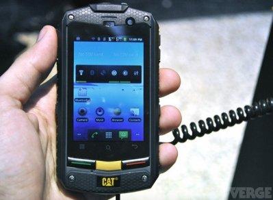 1229751-caterpillar-smartphonebWF4LTM5OXgyOTI Caterpillar va sortir un smartphone