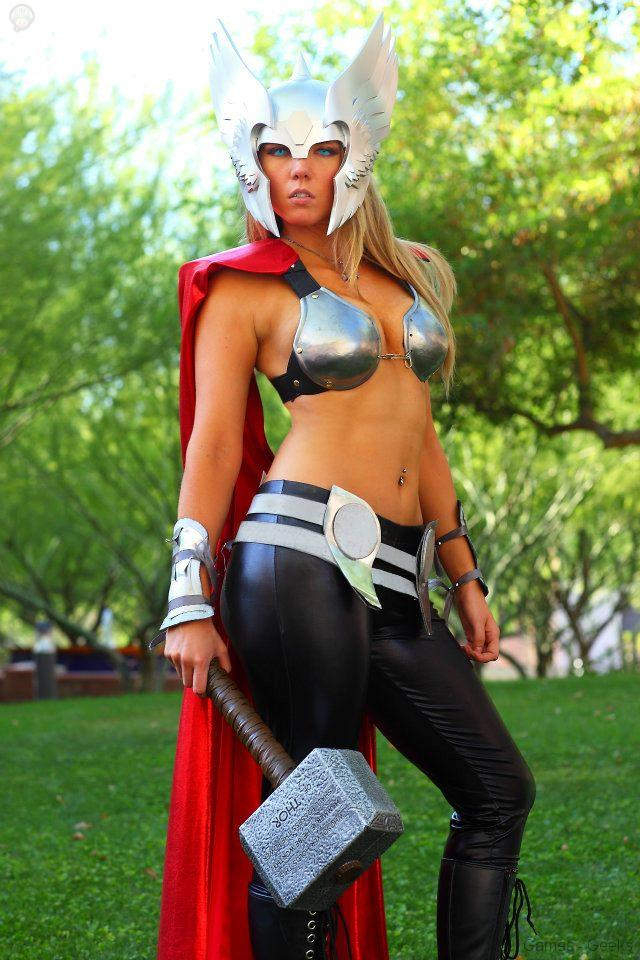 181864_224532224334091_2090436944_n Cosplay - Lady Thor #25