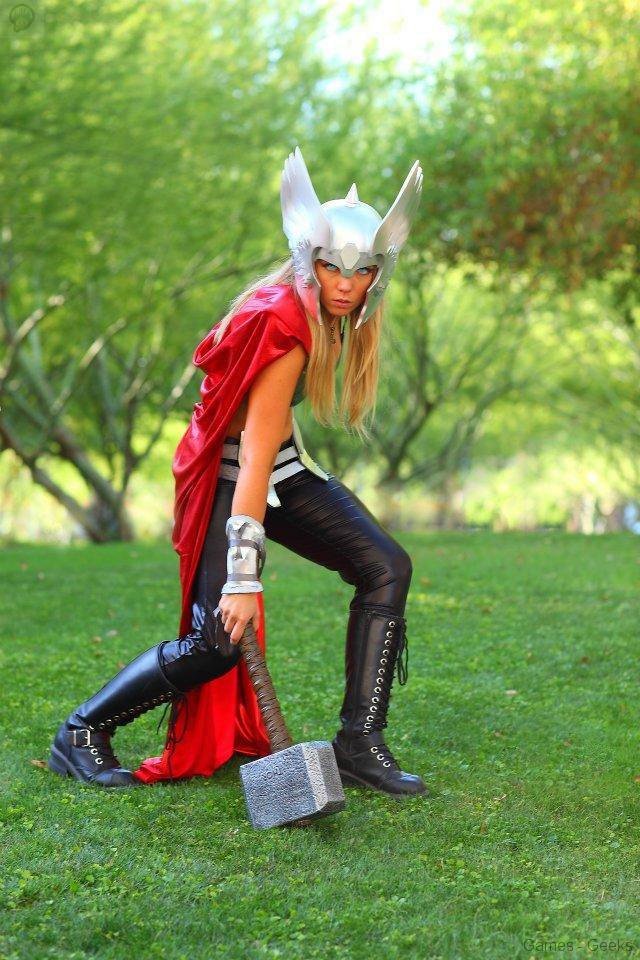 224839_224523881001592_537678971_n Cosplay - Lady Thor #25