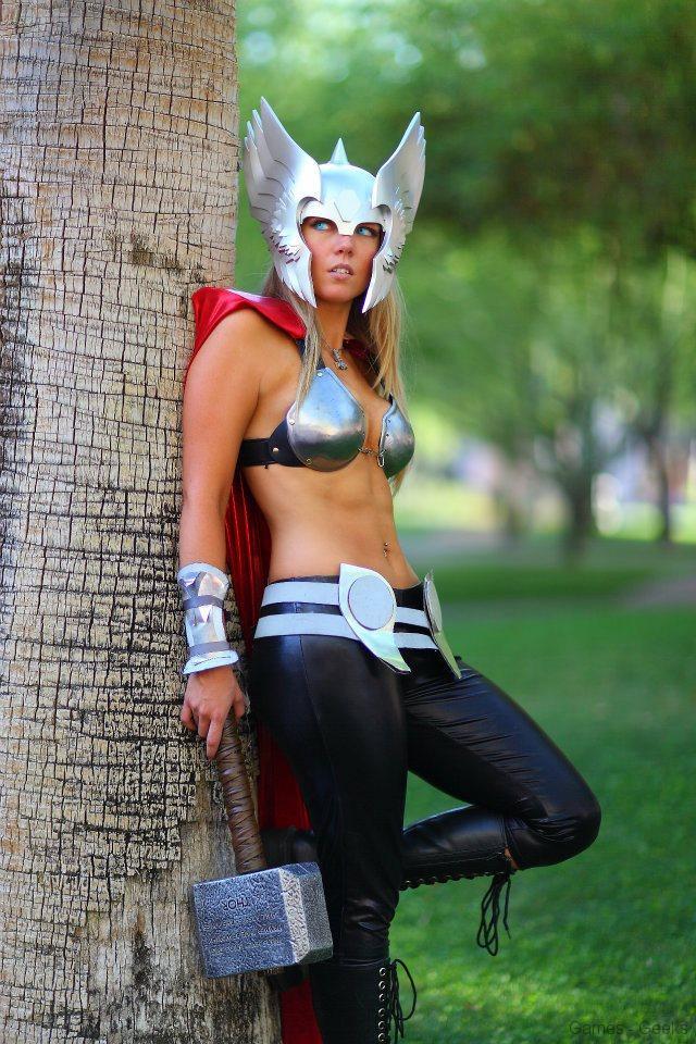 270927_224524324334881_1852340596_n Cosplay - Lady Thor #25