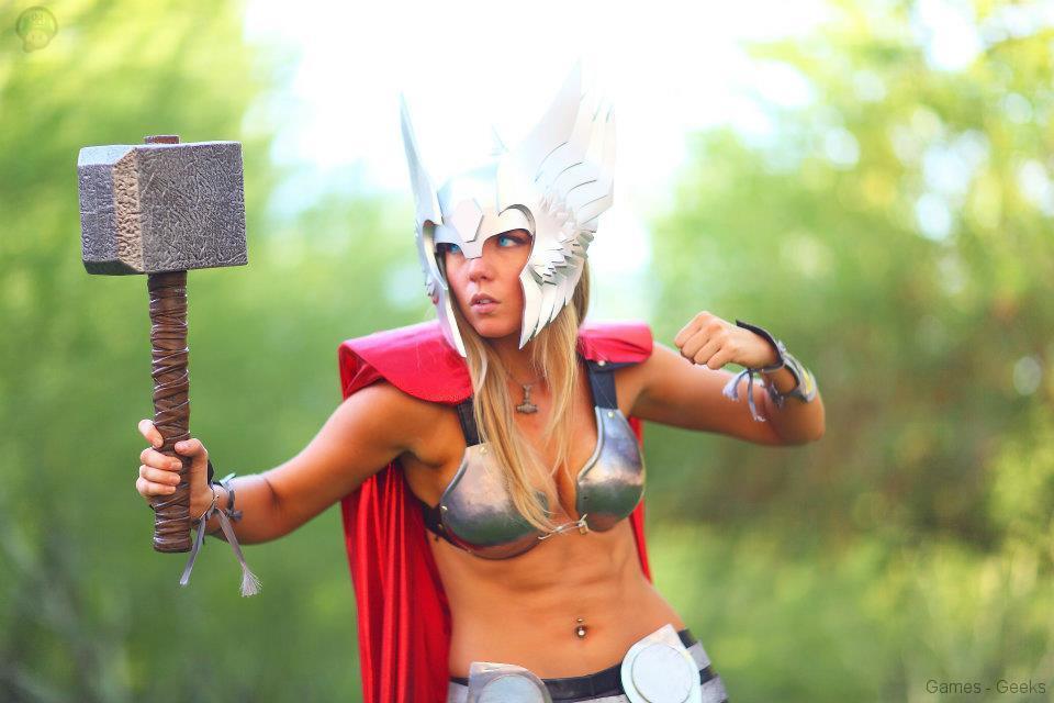 403410_224524364334877_650985375_n Cosplay - Lady Thor #25