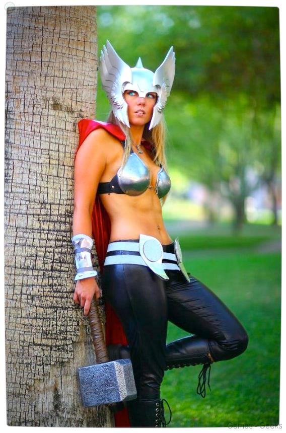 Vamers-Geekosphere-Thorsday-Toni-Darling-Gender-Bends-Thorsday-Toni-Darling-as-Thor-08 Cosplay - Lady Thor #25