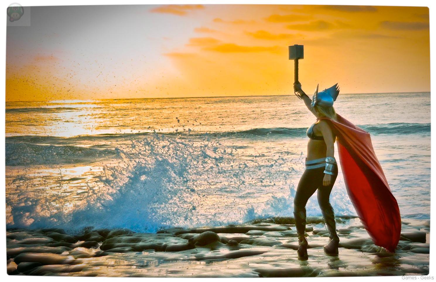 Vamers-Geekosphere-Thorsday-Toni-Darling-Gender-Bends-Thorsday-Toni-Darling-as-Thor-12 Cosplay - Lady Thor #25