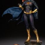 g-g-premium-batgirl-05-150x150 Figurine - BatGirl Premium - Sideshow