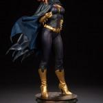 g-g-premium-batgirl-08-150x150 Figurine - BatGirl Premium - Sideshow