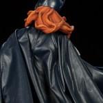 g-g-premium-batgirl-10-150x150 Figurine - BatGirl Premium - Sideshow