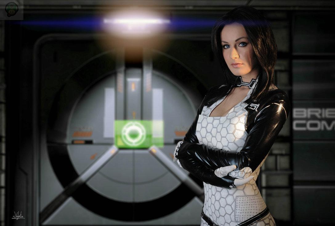 normandy_by_hannuki-d75x0ii Cosplay - Mass Effect - Miranda #60