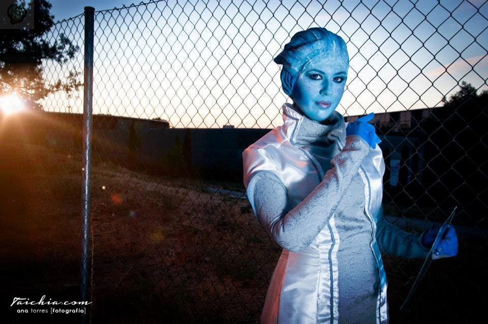 1377087_220097121493177_1054545147_n Cosplay - Mass Effect - Liara #62