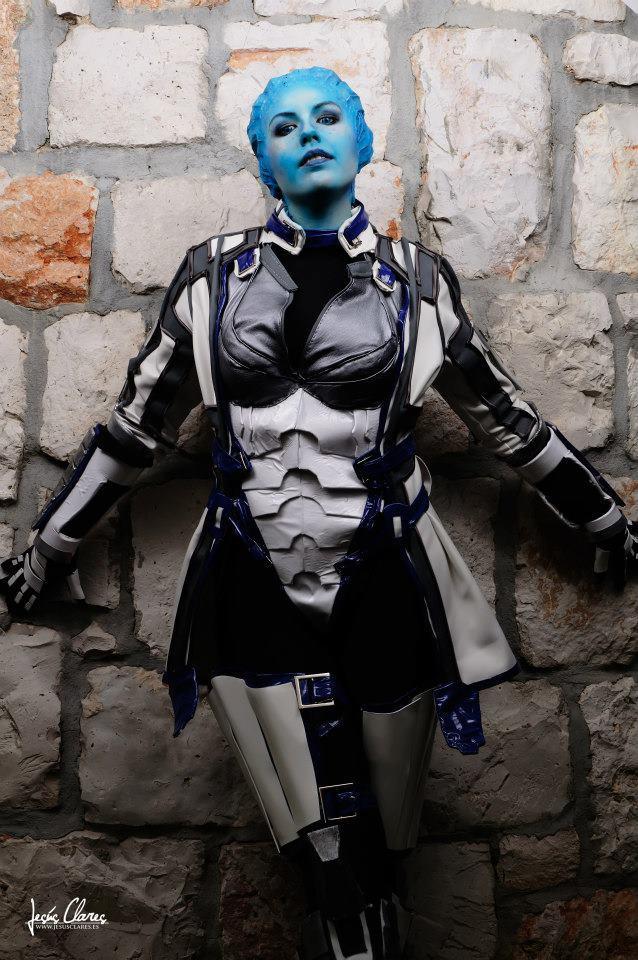 58475_136037296565827_428990036_n Cosplay - Mass Effect - Liara #62