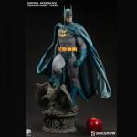 Batman-Modern-Age-Premium-Format-Figure-size-comparison-150x150 Figurine : Batman Modern Age