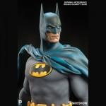 DC-Comics-Batman-Premium-Format-Figure-150x150 Figurine : Batman Modern Age