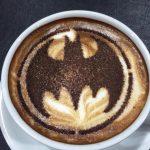 1_1_11_restaurant-officiel-comics-malaisie-gotham-madness-latte-150x150 Les cafés Geek - Fear Truck - Metal Gear Café - DC Comics