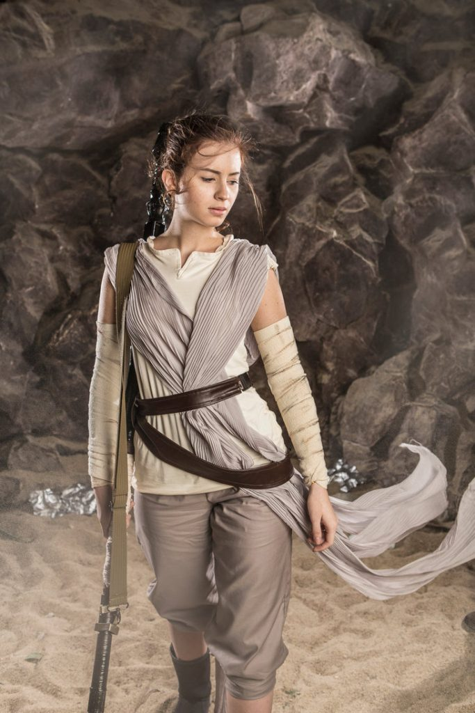 the_force_awakens_by_jokerlolibel-d9np4jh-683x1024 Cosplay - Star Wars - Rey #106
