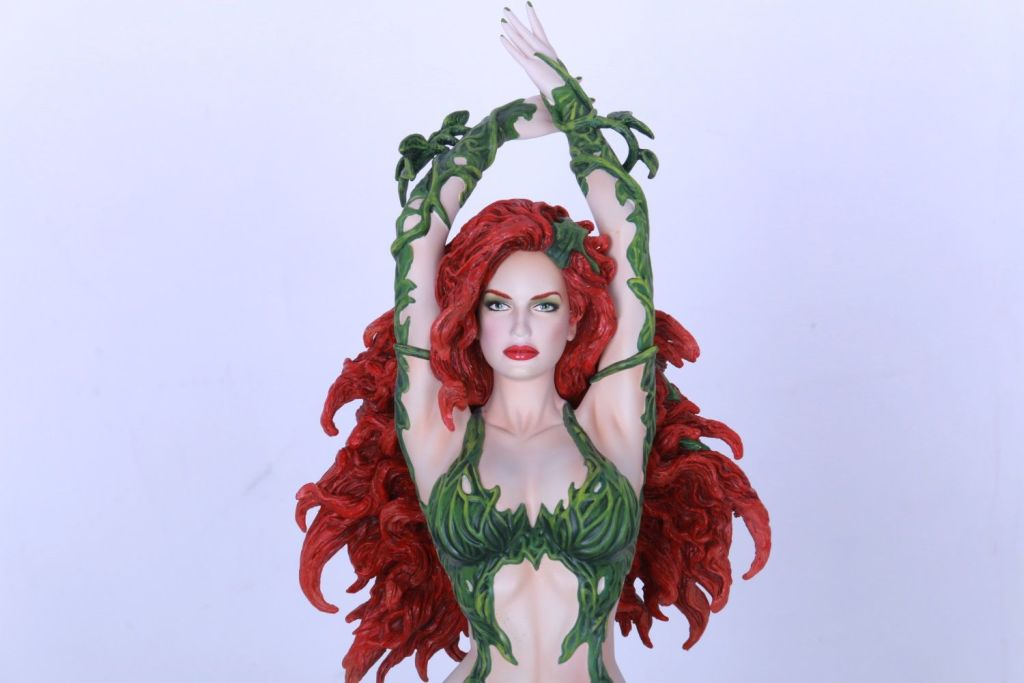 yam3507 Figurine - DC Comics Fantasy Figure Gallery Poison ivy