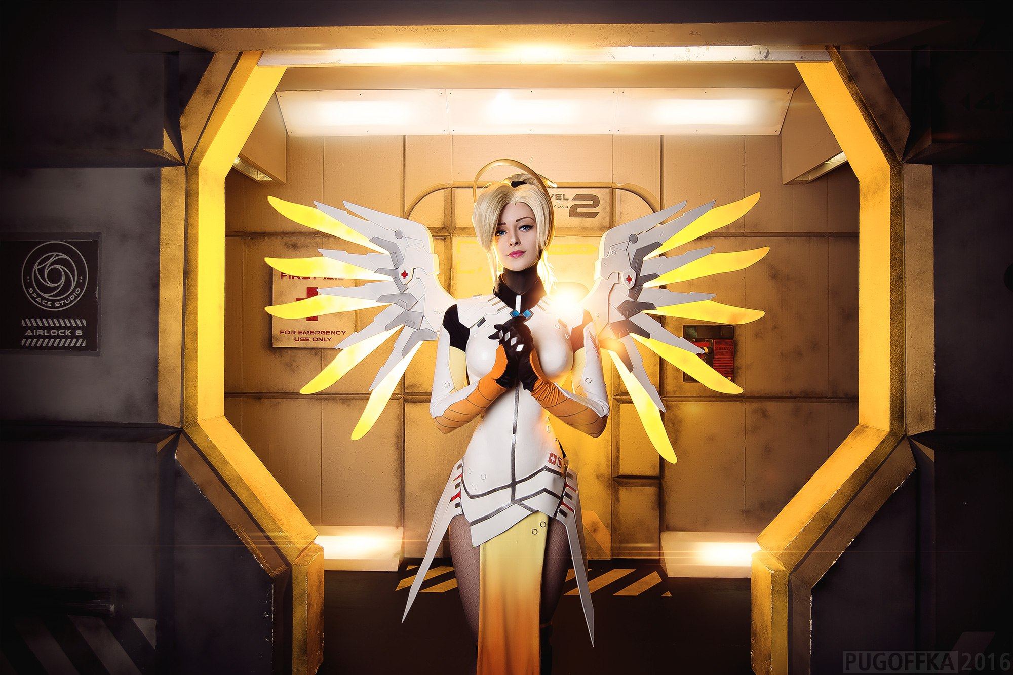 7bYvg6D Cosplay - Overwatch - Mercy #142
