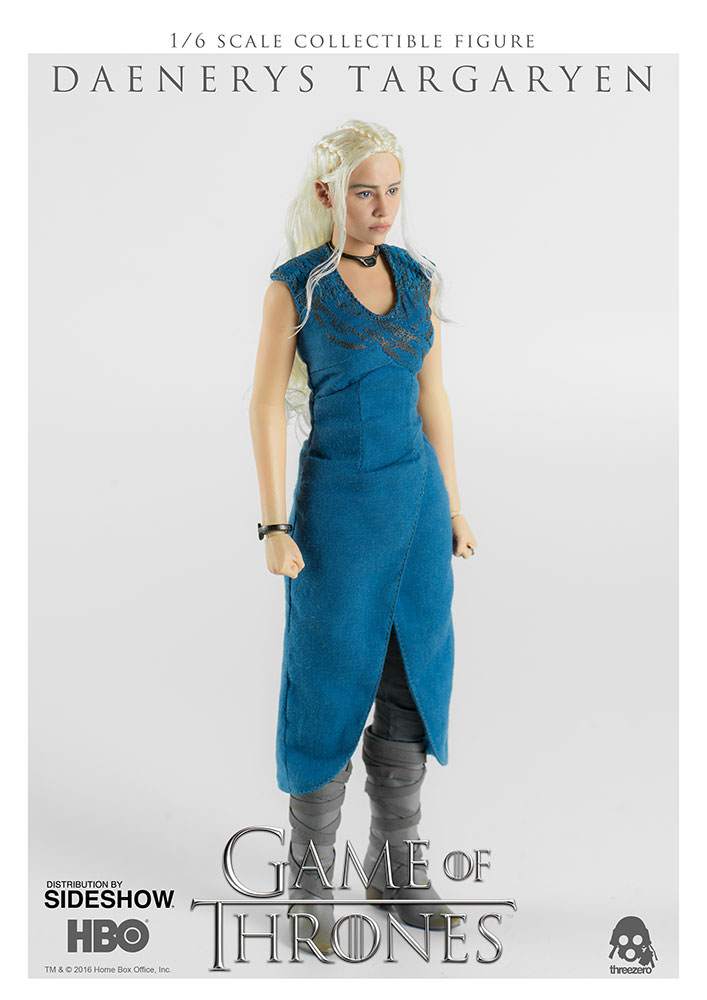 game-of-thrones-daenerys-targaryen-sixth-scale-figure-threezero-902928-02 Figurine - Game of Thrones - Daenerys