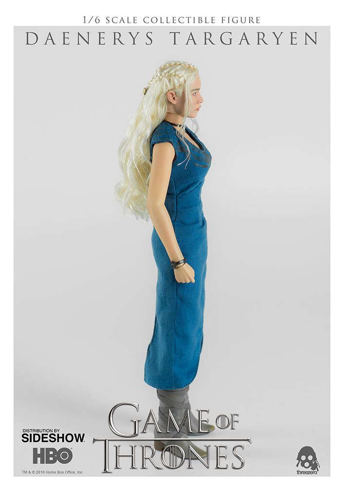 game-of-thrones-daenerys-targaryen-sixth-scale-figure-threezero-902928-03 Figurine - Game of Thrones - Daenerys