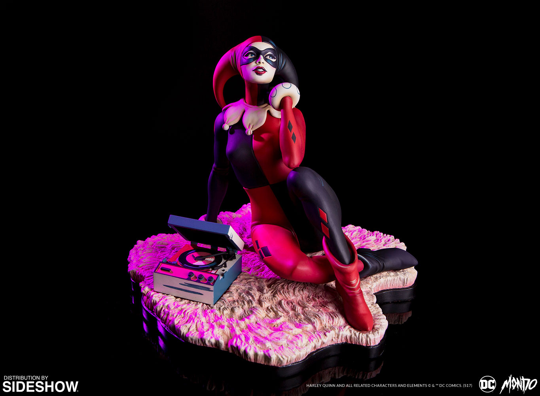 dc-comics-waiting-for-my-j-man-harley-quinn-statue-mondo-902952-01 Figurine - Harley Quinn - Waiting for My J Man