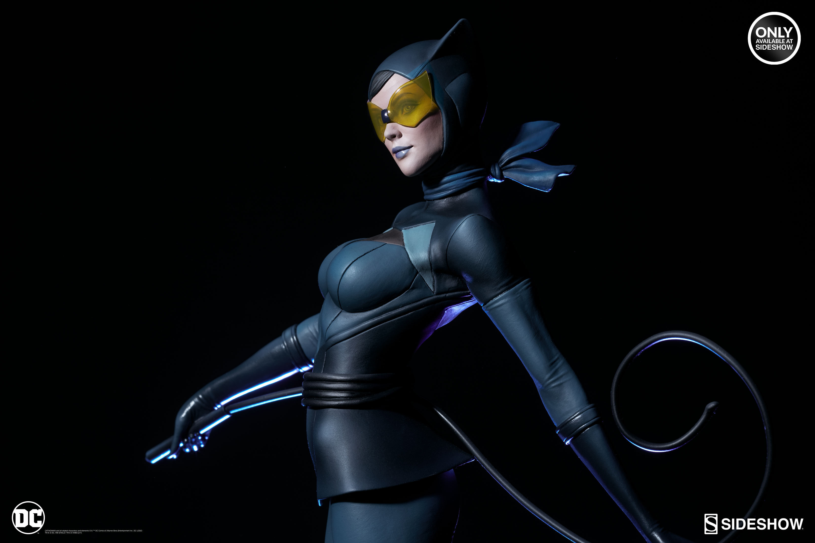 dc-comics-catwoman-statue-stanley-artgerm-lau-artist-series-200428-02 Figurines - Harley Quinn - Catwoman et Poison Ivy vues par Artgerm