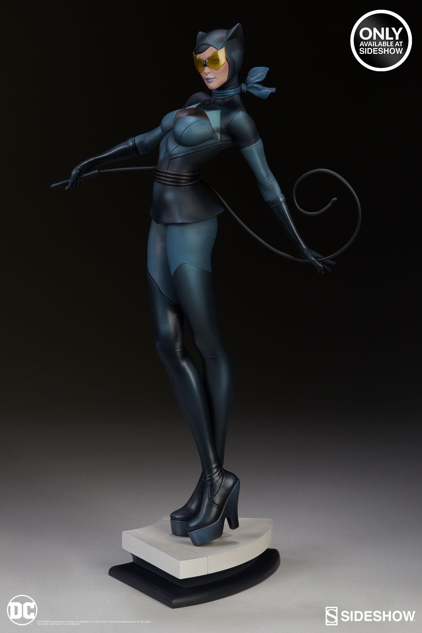 dc-comics-catwoman-statue-stanley-artgerm-lau-artist-series-200428-04 Figurines - Harley Quinn - Catwoman et Poison Ivy vues par Artgerm