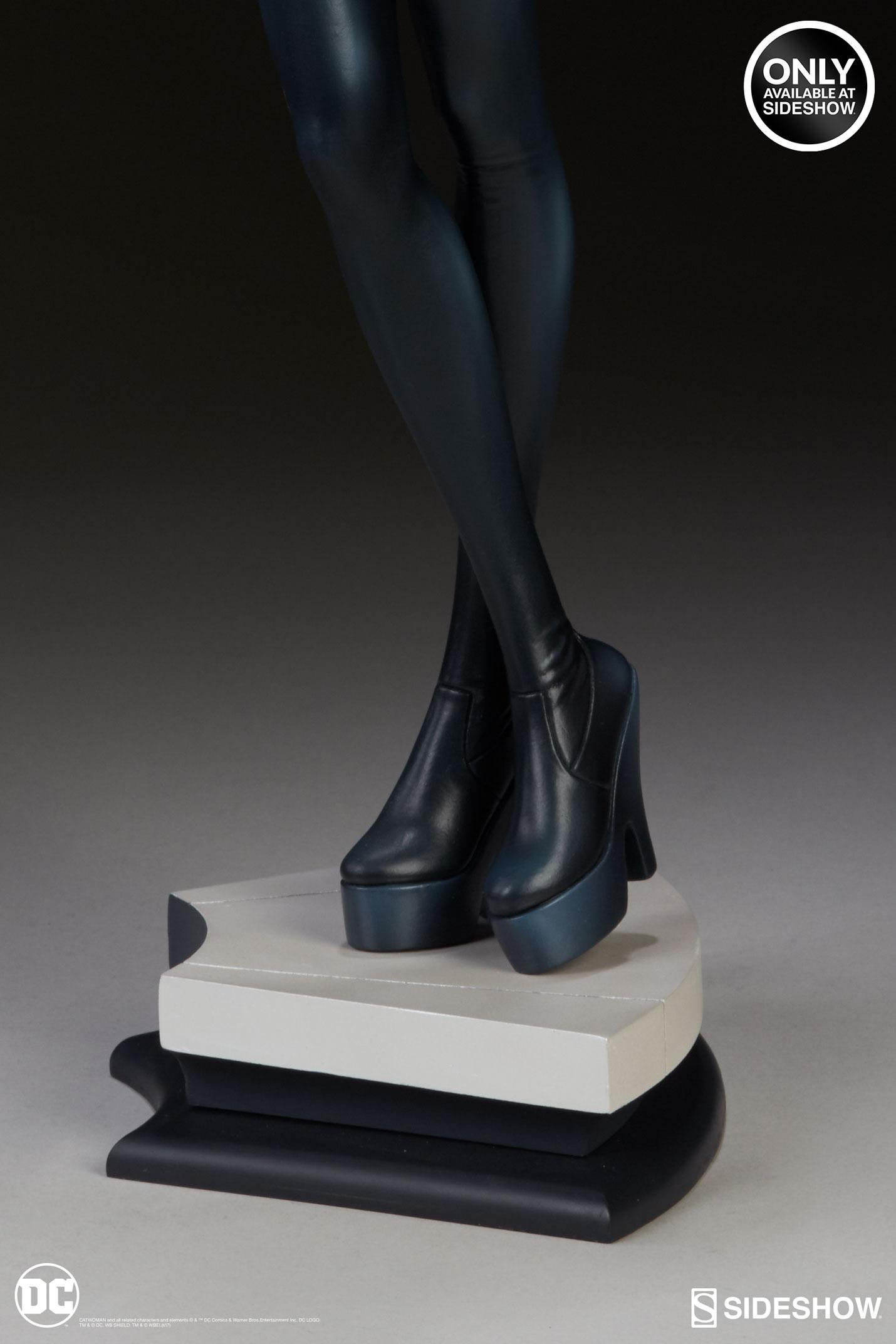dc-comics-catwoman-statue-stanley-artgerm-lau-artist-series-200428-13 Figurines - Harley Quinn - Catwoman et Poison Ivy vues par Artgerm