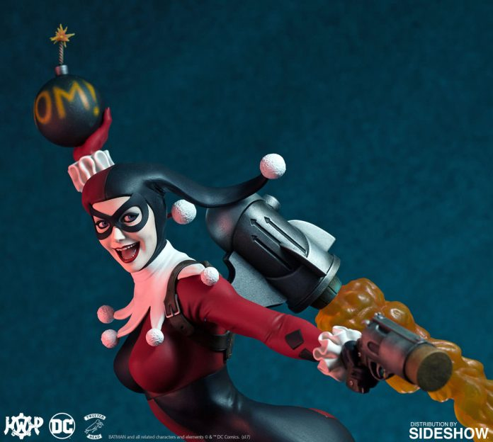 dc-comics-harley-quinn-maquette-super-powers-collection-tweeterhead-feature-903045-14-696x624 Harley Quinn Super Powers Collection Maquette