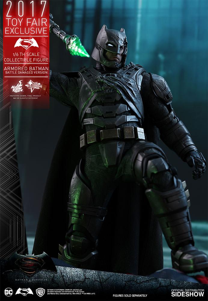 dc-comics-bvs-armored-batman-battle-damaged-version-sixth-scale-hot-toys-903086-04 Figurine - Armored Batman Battle Damaged Version