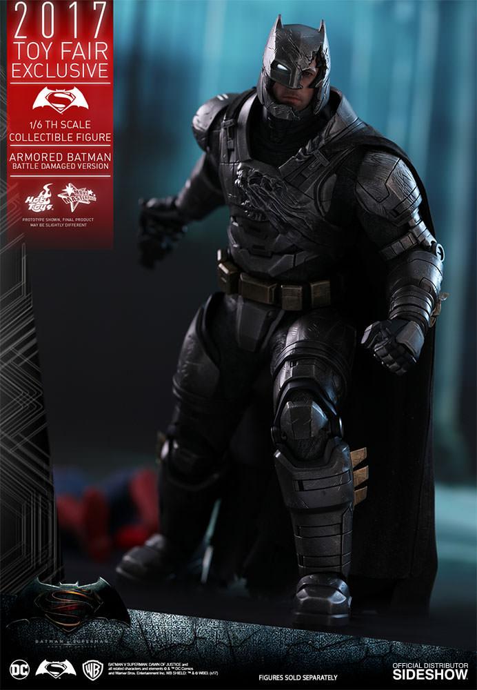 dc-comics-bvs-armored-batman-battle-damaged-version-sixth-scale-hot-toys-903086-09 Figurine - Armored Batman Battle Damaged Version
