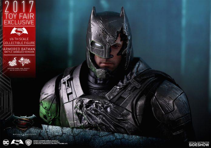 dc-comics-bvs-armored-batman-battle-damaged-version-sixth-scale-hot-toys-903086-18-696x487 Figurine - Armored Batman Battle Damaged Version