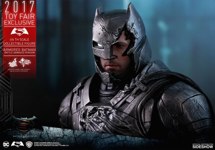 dc-comics-bvs-armored-batman-battle-damaged-version-sixth-scale-hot-toys-903086-19-696x487 Figurine - Armored Batman Battle Damaged Version
