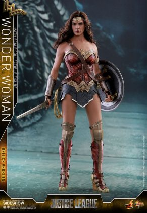 dc-comics-justice-league-wonder-woman-deluxe-sixth-scale-hot-toys-903121-01-291x420 Figurine - Wonder Woman Deluxe Version Sixth-Scale Figure