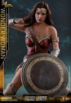 dc-comics-justice-league-wonder-woman-deluxe-sixth-scale-hot-toys-903121-10-291x420 Figurine - Wonder Woman Deluxe Version Sixth-Scale Figure