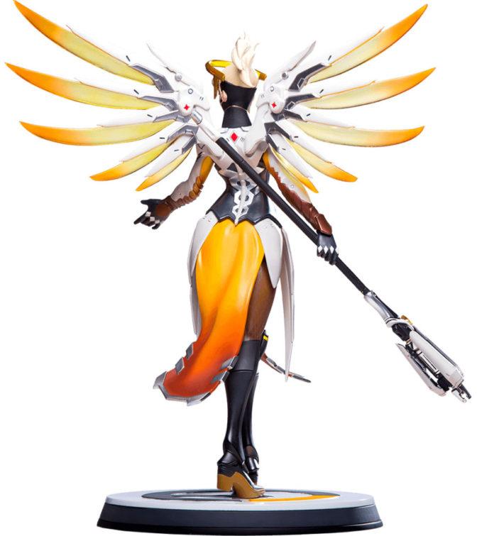 Mercy-blizzard-statue-5-696x755 Overwatch - Enfin une figurine pour Mercy