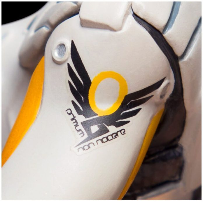 ow-mercy-gold-tile-05-696x696 Overwatch - Enfin une figurine pour Mercy