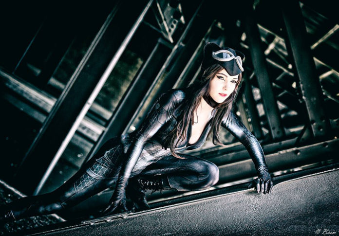 12-catwoman-cosplay-12-696x485 Cosplay - CatWoman #150