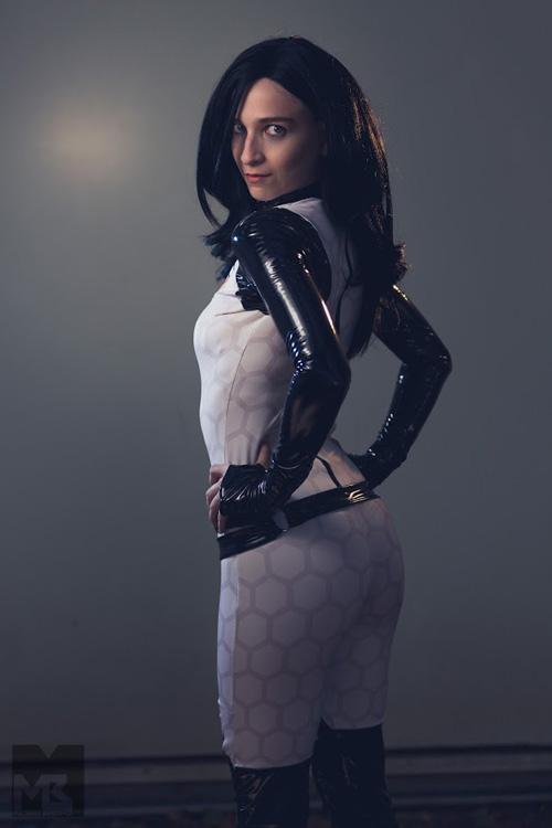 miranda-lawson-cosplay-021 Cosplay - Mass Effect - Miranda Lawson #158
