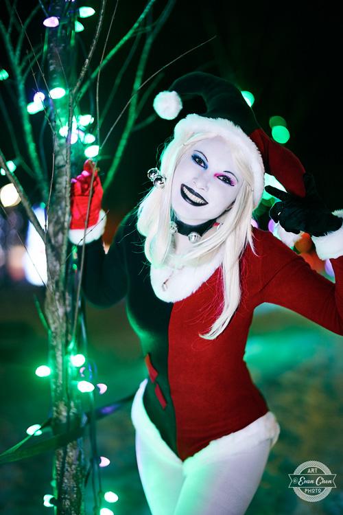 harley-quinn-xmas-cosplay-05 Cosplay - Harley Quinn - Winter Edition #166
