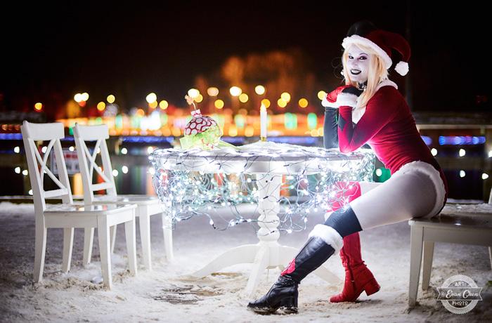 harley-quinn-xmas-cosplay-11 Cosplay - Harley Quinn - Winter Edition #166