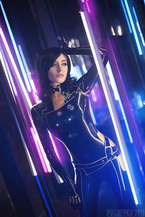 miranda-lawson-cosplay-02-1 Cosplay - Mass Effect - Miranda Lawson #164