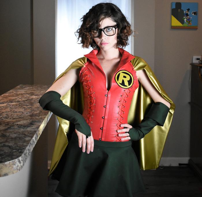 carrie-kelly-robin-cosplay-06 Cosplay - Robin #168