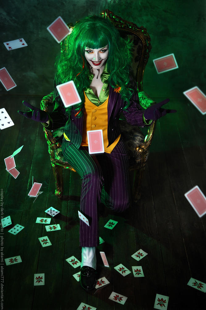Female-Joker-cosplay-1-by-HydraEvil_499028746 Cosplay - The Joker - DC Comics #171
