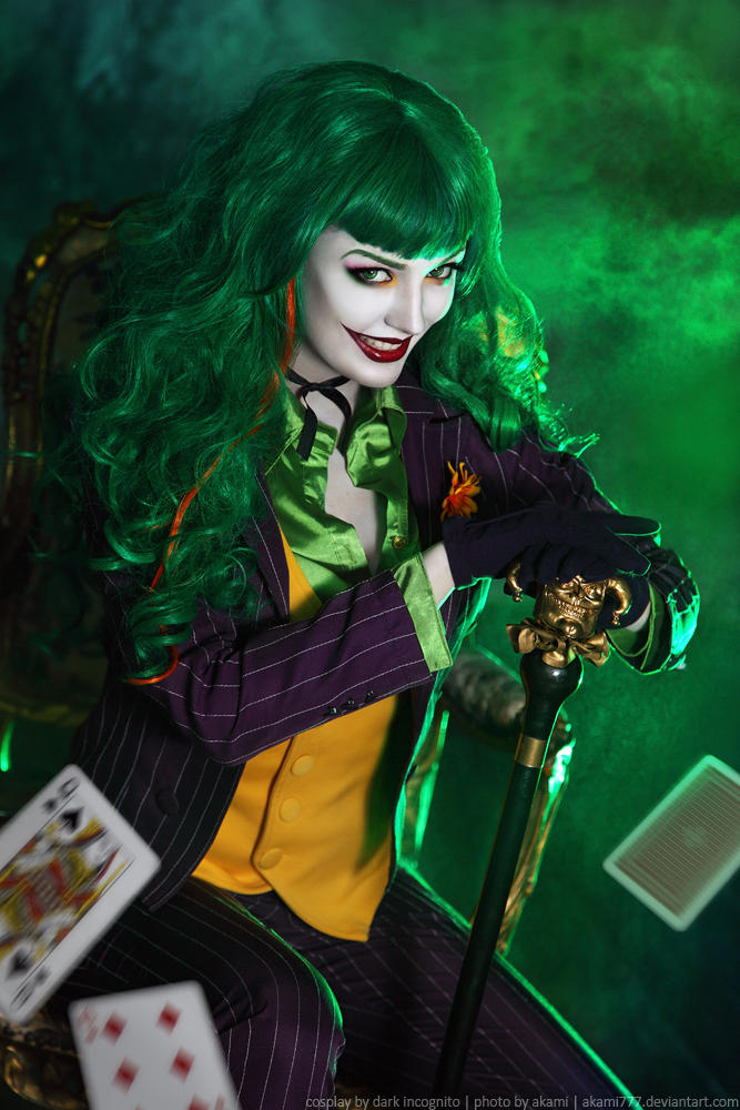 Female-Joker-cosplay-5-by-HydraEvil_499029953 Cosplay - The Joker - DC Comics #171