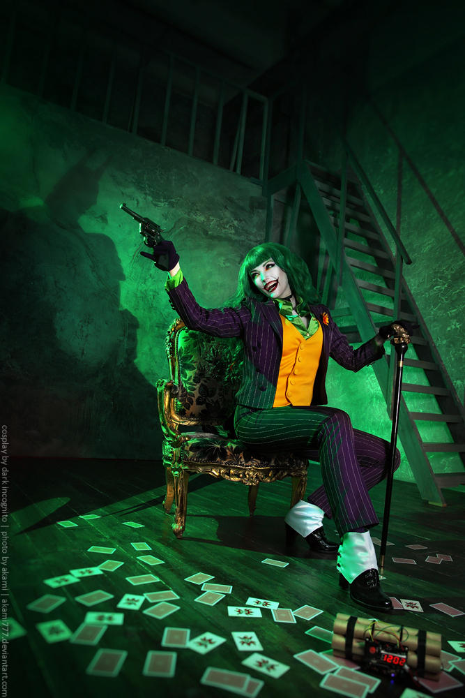 Female-Joker-cosplay-7-by-HydraEvil_499030286 Cosplay - The Joker - DC Comics #171