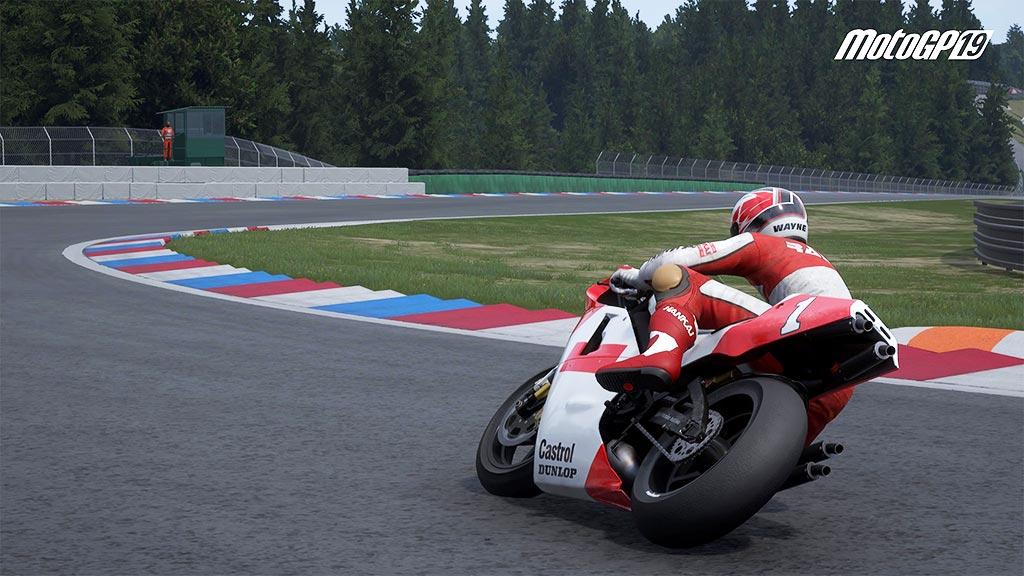 MotoGPhisto2 Mon avis sur Moto GP 19 - Faisons brûler la gomme !