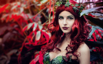 cropped-poison-ivy-cosplay-04-356x220 Games & Geeks - TagDiv