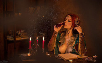 cropped-triss-witcher-cosplay-07-356x220 Games & Geeks - TagDiv