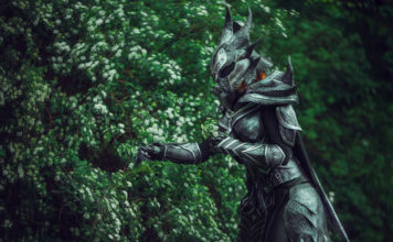 cropped-daedric-armor-cosplay-03-356x220 Games & Geeks - TagDiv