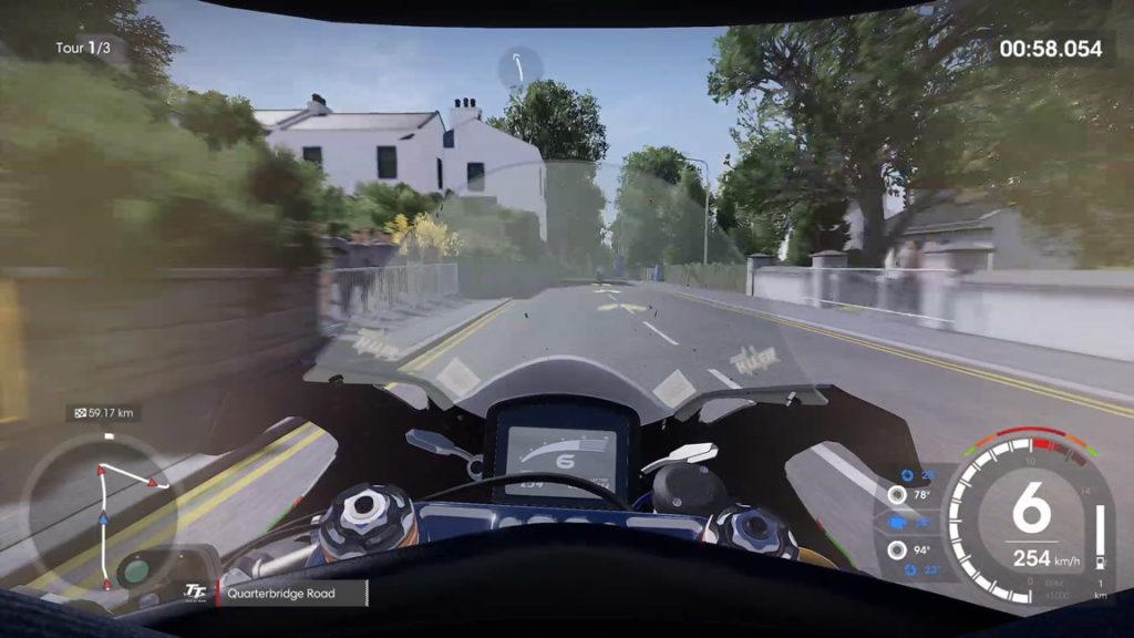vue-casque-1024x576 Mon avis sur TT Isle of Man - Ride on the Edge 2 - On ne change pas une équipe qui gagne !