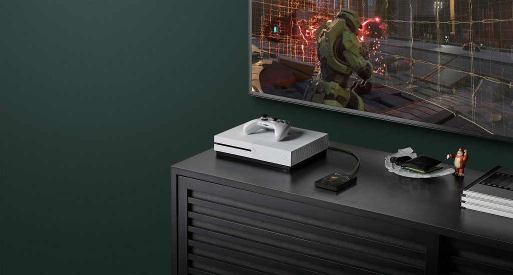 gamedrive-xbox-halo-mc-2tb-environment-hi-res-5588x3000-1-1024x550 Seagate - Le Game Drive for Xbox
